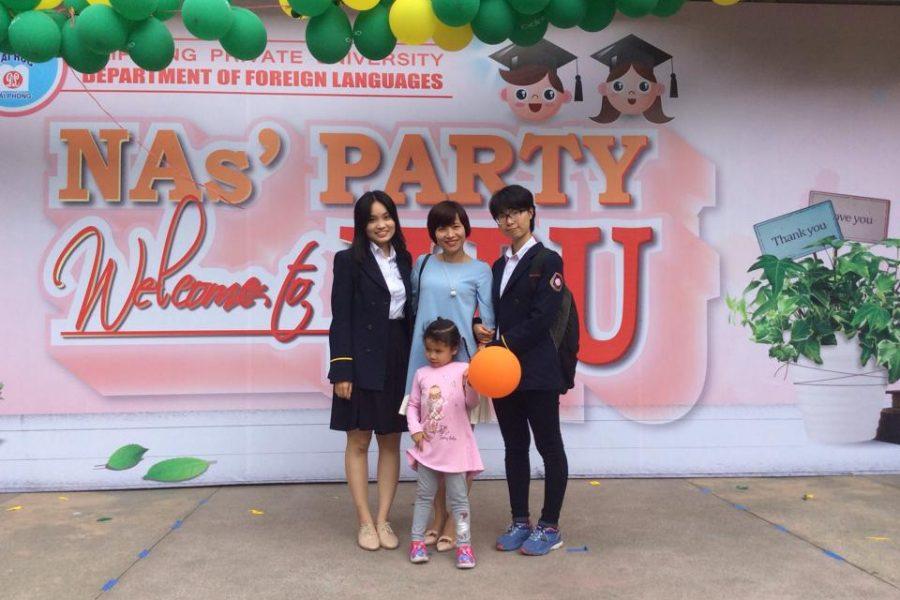 Giải lao chờ kết quả cùng cô Nguyễn Thị Quỳnh Giang